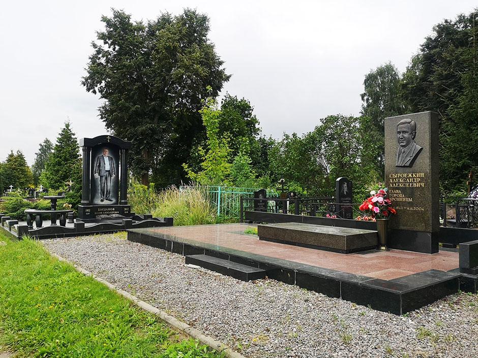 Бронницкое городское кладбище. Фото 5
