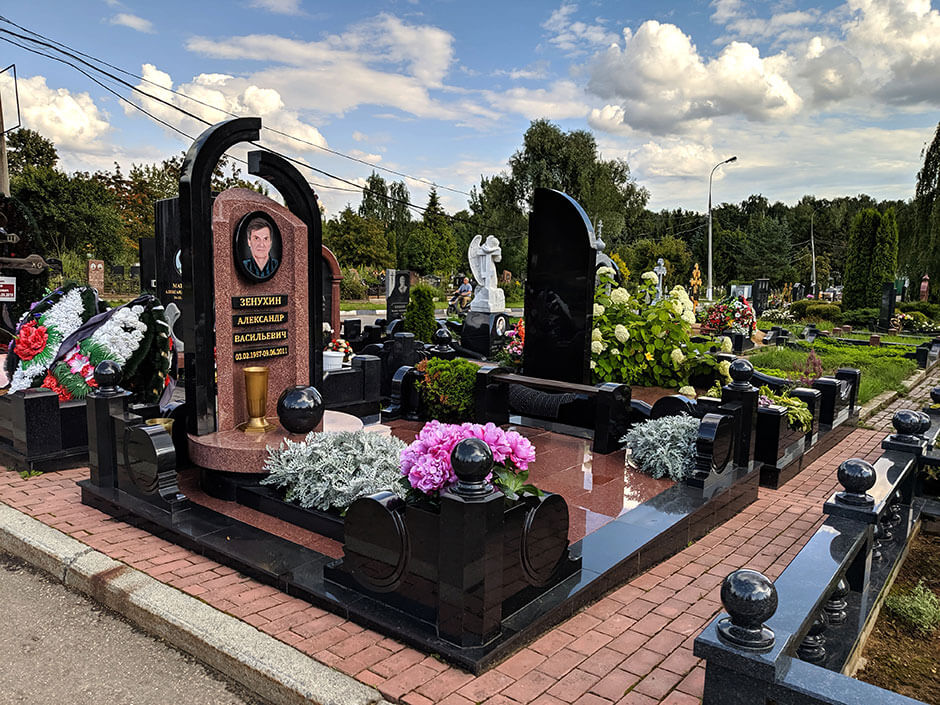 Митинское кладбище. Фото 7