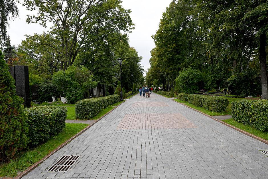 Новодевичье кладбище. Фото 3