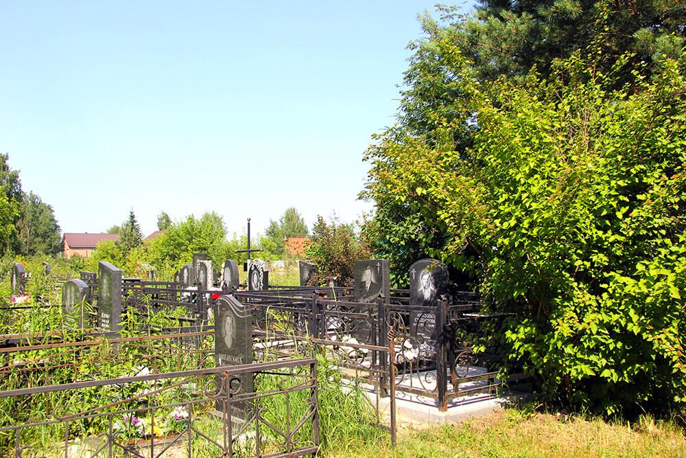 Родниковское кладбище. Фото 3